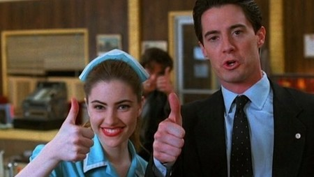 twin peaks approval thumb up