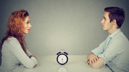 How to Tackle Speed Interviews: 7 Questions and Answers