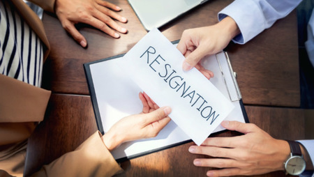 Checklist: What to Do When an Employee Resigns